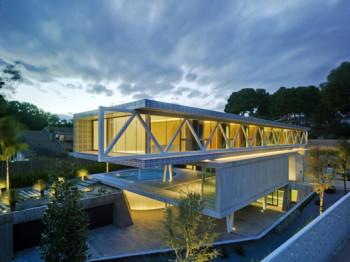 4 w 1 – ultra nowoczesny dom
