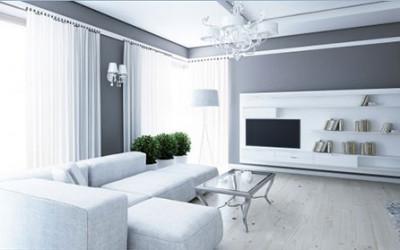 Apartament lśniący bielą