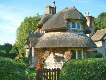 Bajkowe domki na wsi