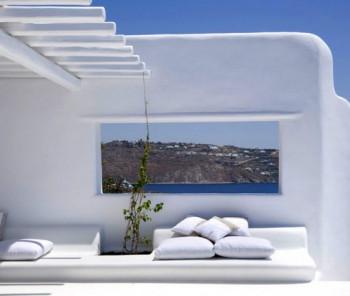 Biała rezydencja na wyspie Mykonos