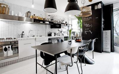 Mieszkanie w kolorze czerni i bieli