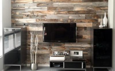 Niezwykłe połączenie materiałów na przykładzie Stikwood Wood Wall Decor