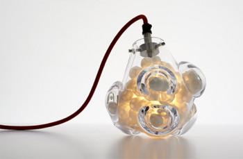 Rzeźbione lampy Vezzini and Chen Design