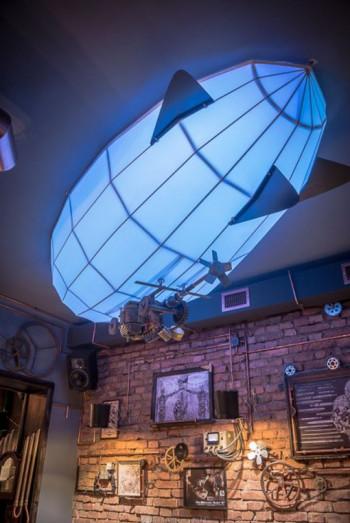 Spektakularny Pub w stylu steampunk