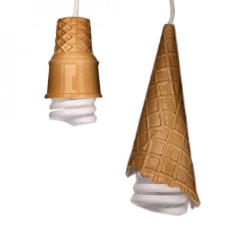 Unikatowe lampy Alexa Garnetta