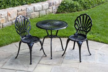Zestaw metalowych mebli ogrodowych