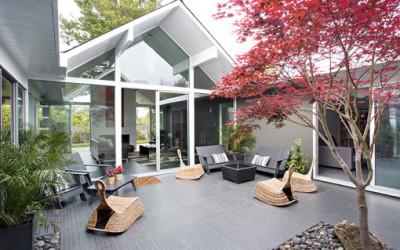 Imponujący dom o minimalistycznym wnętrzu