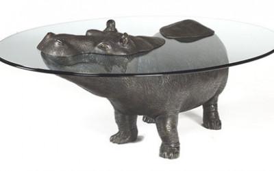 Oryginalne stoły z motywem zwierząt