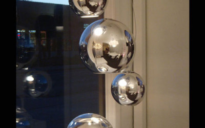 table lamp design. Check it out at Fontana Arte.  Globo di Luce 2