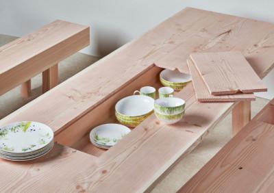 Stół, który skrywa tajemnicę